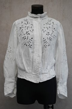 ~early 20th c. linen cutwork blouse