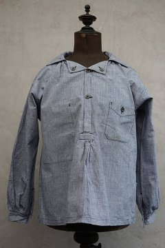 cir. mid 20th houndstooth cotton butcher smock dead stock