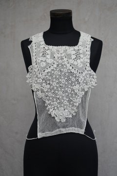 ~early 20th c. crochet lace dickey