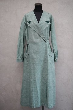 1930's-1940's green tielocken coat/dress dead stock