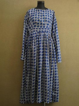19th c. blue printed wool dress