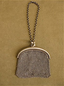early 20th c. small chain purse