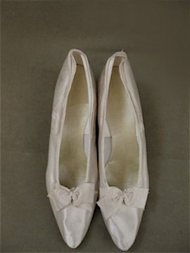 white silk shoes