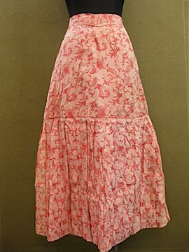 cir.20th c. pink skirt