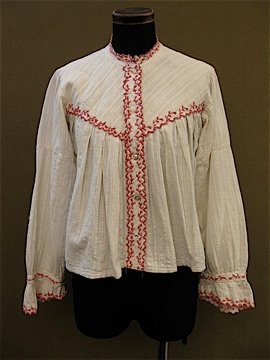 cir. 1900's embloidered blouse
