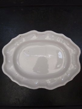 18th c. oval plate