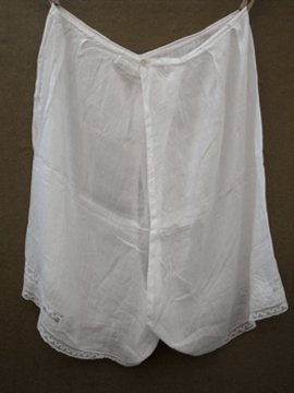 early 20th c. white cotton drawers
