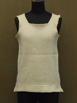 mid 20th c. knitted sleeveless top II