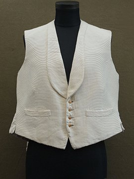 early 20th c. cream silk gilet