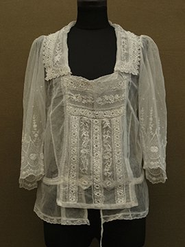 cir.1910's lace blouse L/SL