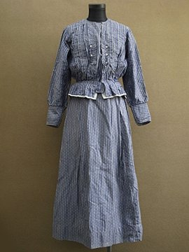 1910-1920's printed blue blouse and skirt