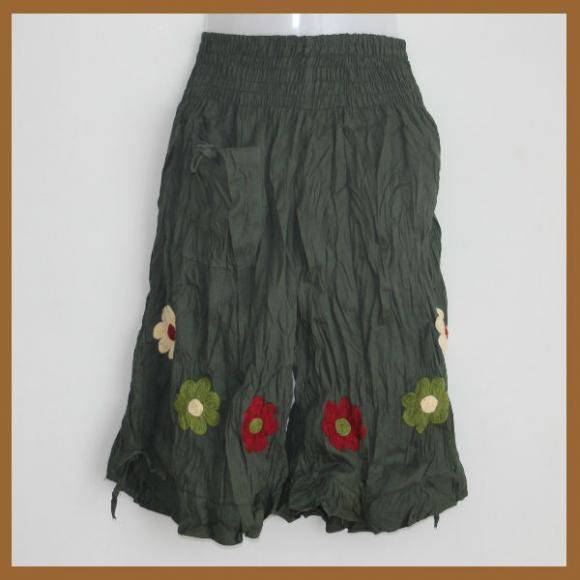 キッズワイドパンツM深緑×花アップリケ