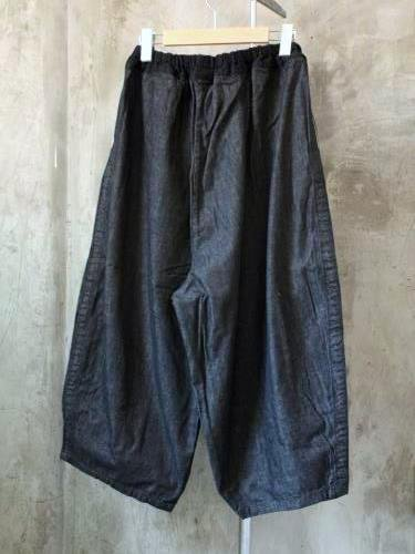 Ordinary fits BALL PANTS denim BLACK ladies