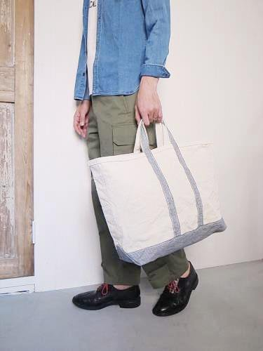 《30% OFF》 DAILY WARDROBE INDUSTRY DAILY TOTE HICKORY LARGE unisex