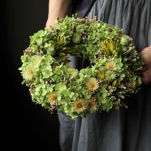 アナベルや実物のグリーンのリース