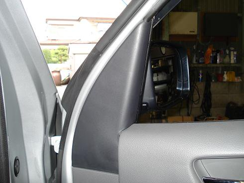 NV350 フロントドア内張り取り外し