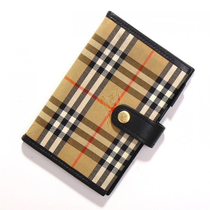 バーバリーズ 英国チェック手帳ホルダー 26889 キャメル系 チェックな手帳