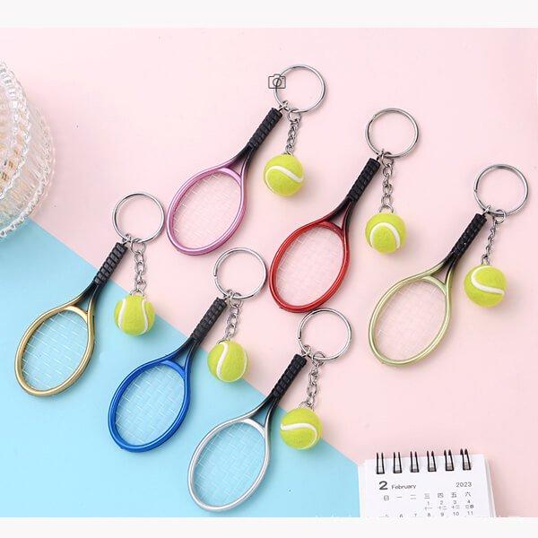 アクセサリカラフルテニスラケットとテニスボールのダブルキーホルダー1個