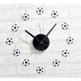 サッカーボールがたくさんあるウォールクロック(壁時計)