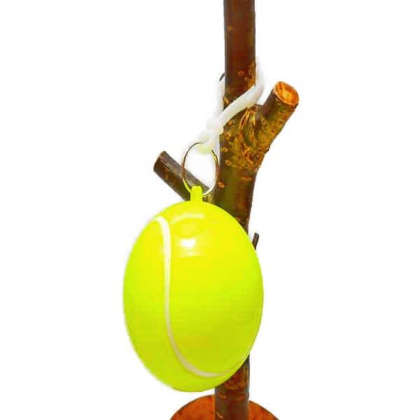 急な雨対策に! 携帯用フック付き テニスボールINポンチョ(レインコート)