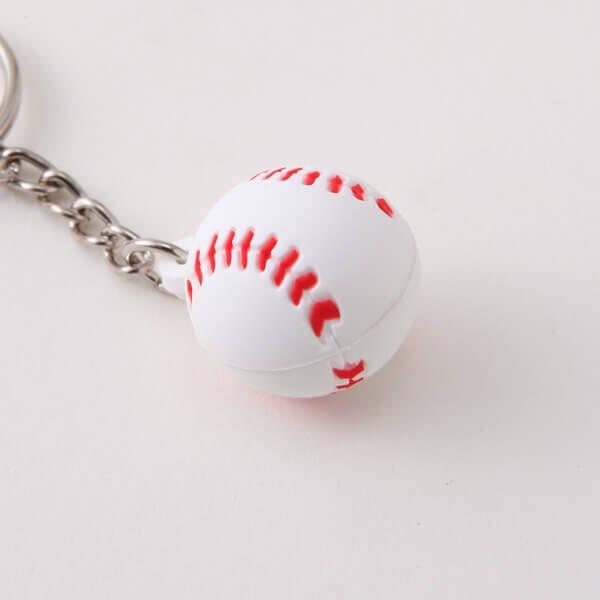 セットがお得 可愛いゴムキーホルダー 野球のボール 単価136円〜