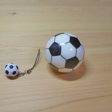 触り心地の良いPUソフトサッカーボール (シンプル白黒)【画像2】