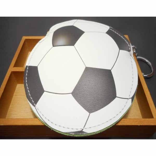 サッカーボール柄のサークルマルチケースキーリング付き【画像3】