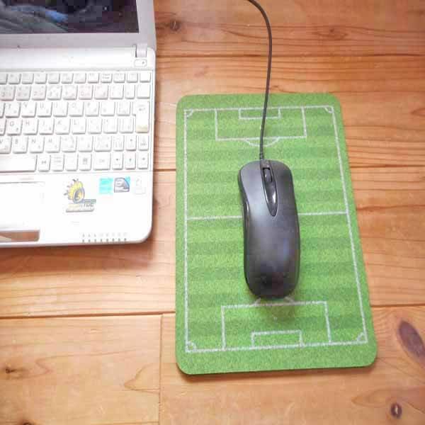 サッカーコート柄のマウスパット【画像2】