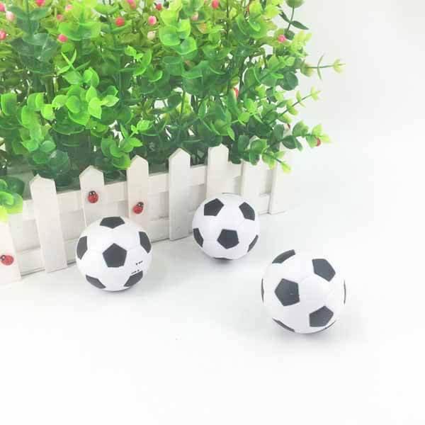 サッカーボール型鉛筆削り(白黒) 1個【画像3】