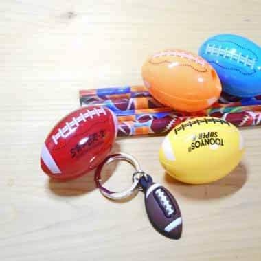 卒業期間限定セール アメフトボール型の可愛いミニ鉛筆削り【画像2】