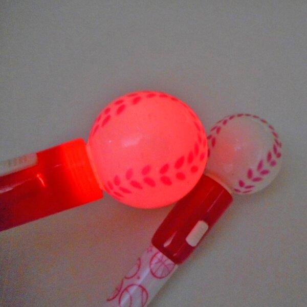 大きいプラ野球ボール付きレアボールペン