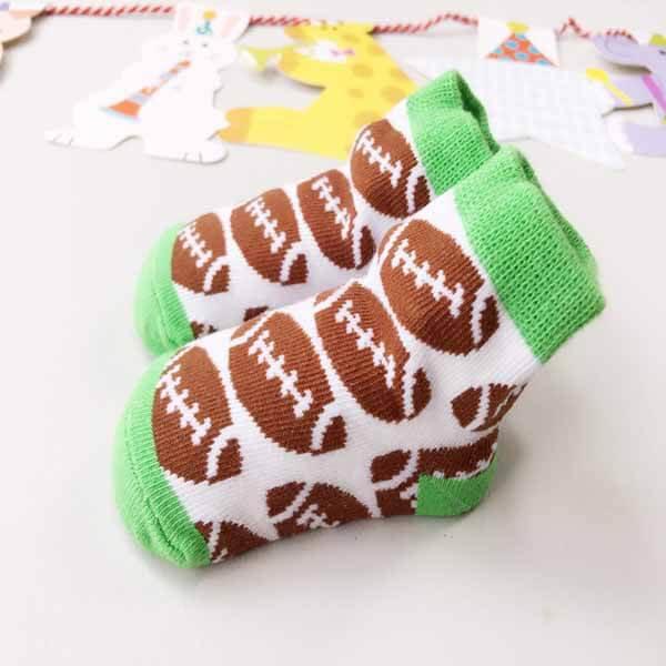 アメフトボール柄の赤ちゃんソックス