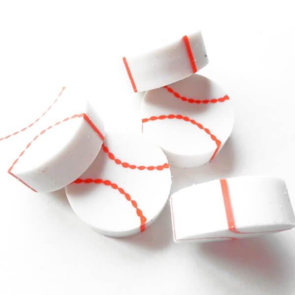 コイン型消しゴム(野球のボール)単価34円〜【画像4】