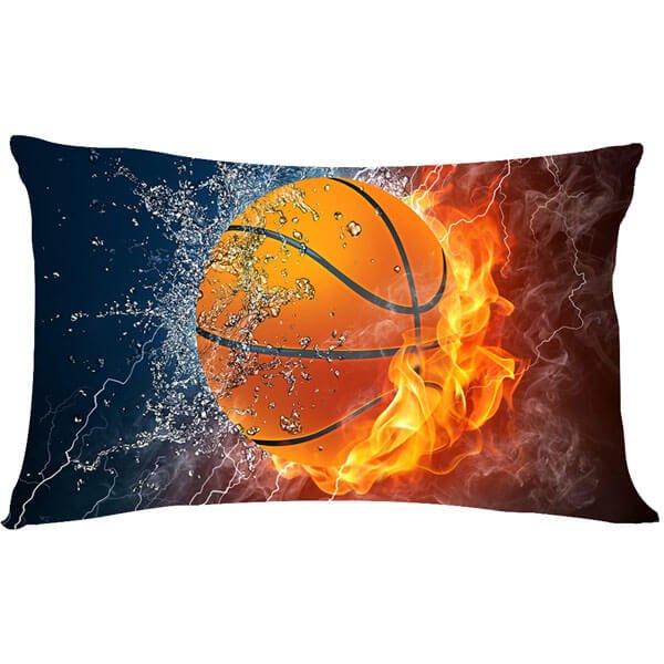 炎と水しぶきがカッコいい「バスケットボールのマクラカバー」