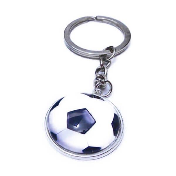 サッカーボールのクリスタルフラットキーホルダー【画像2】