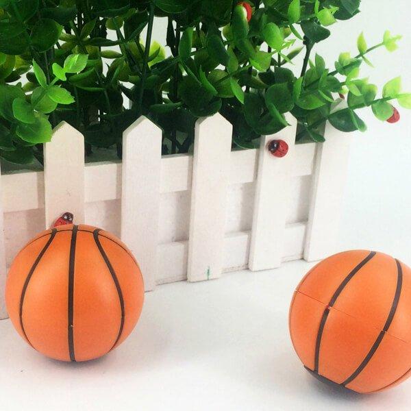 存在感抜群のバスケットボール型鉛筆削り