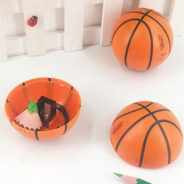 存在感抜群のバスケットボール型鉛筆削り【画像6】