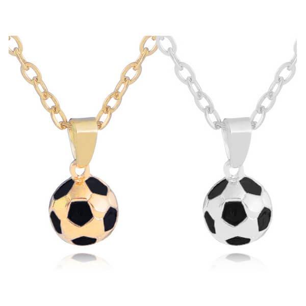サッカーボール型の美しいネックレス【画像6】