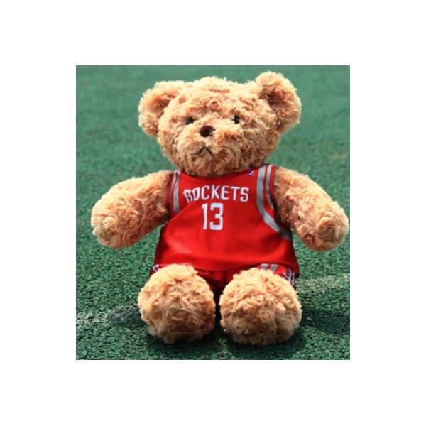 可愛いバスケユニフォームを着たクマのぬいぐるみ【画像2】