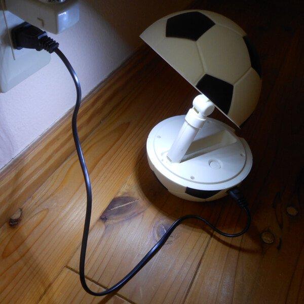 存在感抜群のサッカーボールランプ(コンセント使用タイプ)【画像6】