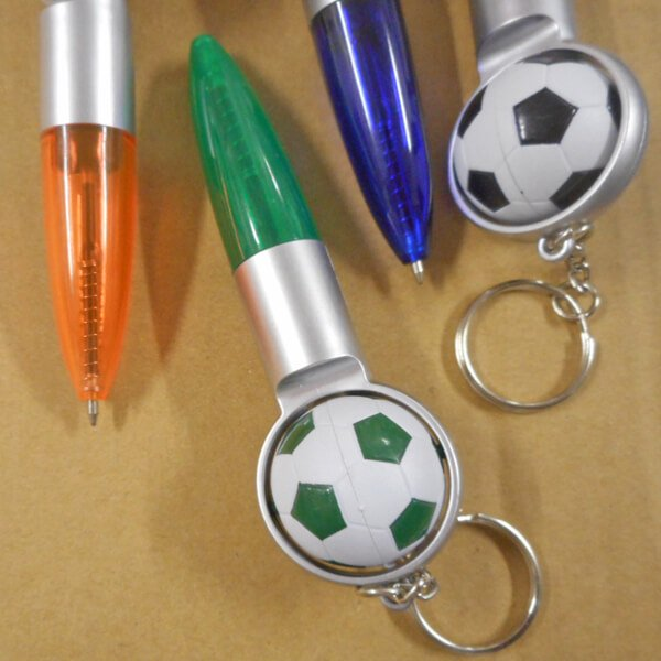 (ボール汚れあり)サッカーボール付きの可愛いミニボールペンキーホルダー(黒インク)1本【画像4】