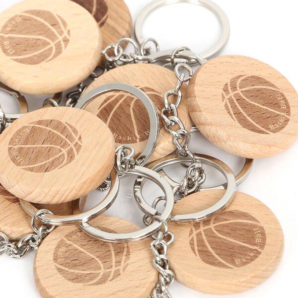 木製のオリジナルキーホルダー バスケットボール柄 1個【画像4】