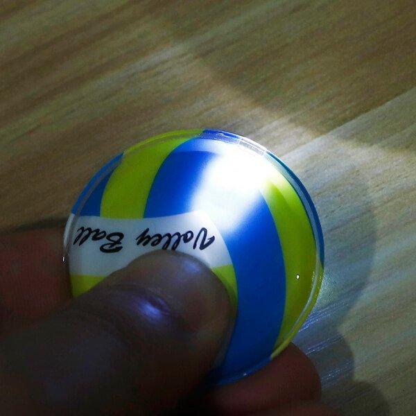 セットがお得 バレーボール型のフラットライトキーホルダー 単価184円〜【画像2】