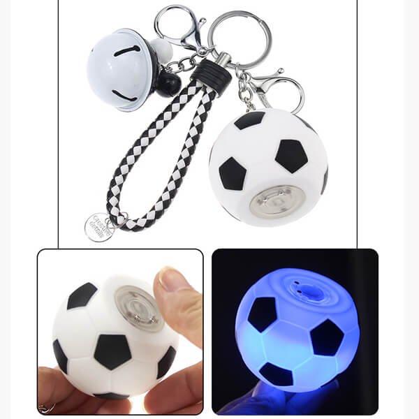 よくばりキーホルダー イルミネーションサッカーボール (大きい鈴/小さい鈴/大繩/フック)