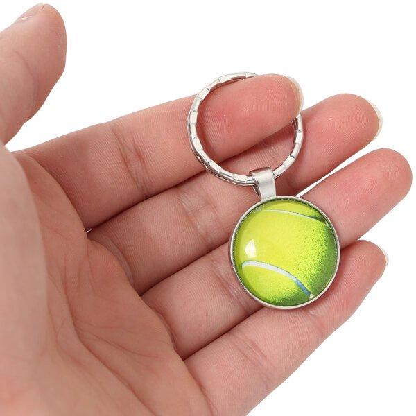 艶々テニスボールのフラットキーホルダー【画像2】
