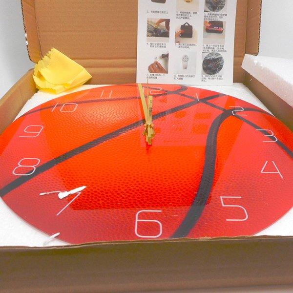 バスケットボール型のリアル壁掛け時計【画像4】