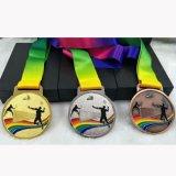 バドミントン柄のカラフルメダル 1個