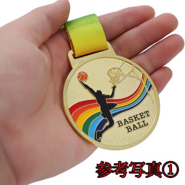 サッカー柄のカラフル金メダル【画像5】