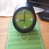 サッカーコート柄の可愛いコンパクト目覚まし時計