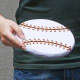 野球ボール型のソフトフリスビー